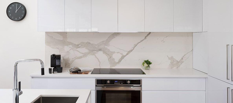 Splashback walls in the kitchen
